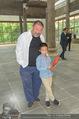 Ai Weiwei Opening - 21er Haus - Di 12.07.2016 - AI Weiwei mit Sohn AI Lao35