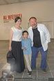 Ai Weiwei Opening - 21er Haus - Di 12.07.2016 - AI Weiwei mit Freundin WANG Fen und Sohn AI Lao42