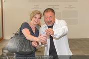 Ai Weiwei Opening - 21er Haus - Di 12.07.2016 - AI Weiwei, Beate MEINL-REISINGER44