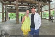 Ai Weiwei Opening - 21er Haus - Di 12.07.2016 - AI Weiwei, Agnes HUSSLEIN52