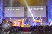 Fashion for Europe - Staatsoper - Do 14.07.2016 - B�hne, Show, Publikum, Zuschauerraum, Schlussbild183