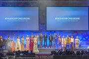 Fashion for Europe - Staatsoper - Do 14.07.2016 - B�hne, Show, Publikum, Zuschauerraum, Schlussbild184