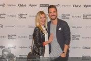 Fashion for Europe - Staatsoper - Do 14.07.2016 - Andy MORAVEC mit Freundin Tanja191