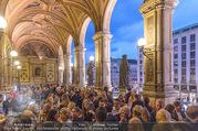 Fashion for Europe - Staatsoper - Do 14.07.2016 - Publikum auf der Terrasse206