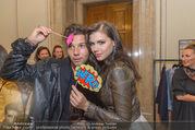 Fashion for Europe - Staatsoper - Do 14.07.2016 - Katharina NAHLIK mit Freund Josh63