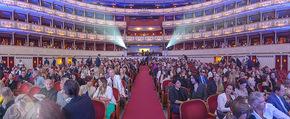 Fashion for Europe - Staatsoper - Do 14.07.2016 - �bersichtsfoto, Zuschauerraum, Publikum91