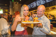 Opening - Le Burger Restaurant - Di 09.08.2016 - Nadine FRIEDRICH, Andy LEE-LANG12