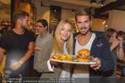 Opening - Le Burger Restaurant - Di 09.08.2016 - Chiara PISATI, Patrick KUNST17