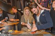 Opening - Le Burger Restaurant - Di 09.08.2016 - Chiara PISATI, Patrick KUNST45