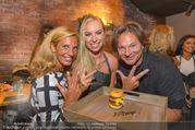Opening - Le Burger Restaurant - Di 09.08.2016 - Heinz HANNER, Verena PFL�GER, Nadine FRIEDRICH51