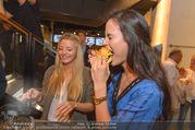 Opening - Le Burger Restaurant - Di 09.08.2016 - Chiara PISATI, Katia WAGNER60