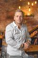 Opening - Le Burger Restaurant - Di 09.08.2016 - Lukas TAUBER (Portrait)7