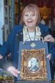 Elfriede Ott Ehrung - Marchfelderhof - Do 11.08.2016 - Elfriede OTT mit dem Preis19