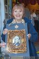 Elfriede Ott Ehrung - Marchfelderhof - Do 11.08.2016 - Elfriede OTT mit dem Preis20