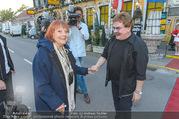 Elfriede Ott Ehrung - Marchfelderhof - Do 11.08.2016 - Elfriede OTT, Gerhard BOCEK7