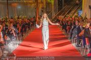 VIP Opening - Plus City Linz - Mi 31.08.2016 - Michelle HUNZIKER bei Er�ffnungszeremonie175