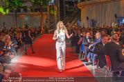VIP Opening - Plus City Linz - Mi 31.08.2016 - Michelle HUNZIKER bei Er�ffnungszeremonie176