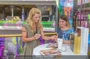VIP Opening - Plus City Linz - Mi 31.08.2016 - Michelle HUNZIKER beim meet & greet47