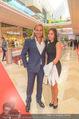 VIP Opening - Plus City Linz - Mi 31.08.2016 - Christian STURMAYR mit Begleitung67