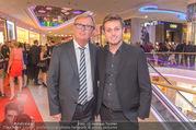 VIP Opening - Plus City Linz - Mi 31.08.2016 - Peter SCHAIDER mit Sohn Peter SCHAIDER87