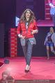 Opening Tag 3 - Plus City Linz - Fr 02.09.2016 - Amina DAGI324