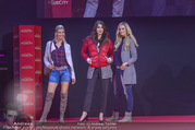 Opening Tag 3 - Plus City Linz - Fr 02.09.2016 - Cathy ZIMMERMANN, Patricia KAISER, Amina DAGI328