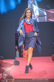 Opening Tag 3 - Plus City Linz - Fr 02.09.2016 - Kajana DZINIC78