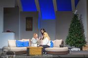 Bühnenfotos Honigmond - Stadttheater Berndorf - Mo 05.09.2016 - Kristina SPRENGER, Susanna HIRSCHLER, Adriana ZARTL12