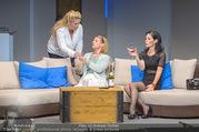 Bühnenfotos Honigmond - Stadttheater Berndorf - Mo 05.09.2016 - Kristina SPRENGER, Susanna HIRSCHLER, Adriana ZARTL13