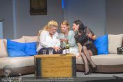 Bühnenfotos Honigmond - Stadttheater Berndorf - Mo 05.09.2016 - Kristina SPRENGER, Susanna HIRSCHLER, Adriana ZARTL15