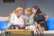 Bühnenfotos Honigmond - Stadttheater Berndorf - Mo 05.09.2016 - Kristina SPRENGER, Susanna HIRSCHLER, Adriana ZARTL16