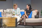 Bühnenfotos Honigmond - Stadttheater Berndorf - Mo 05.09.2016 - Kristina SPRENGER, Adriana ZARTL18