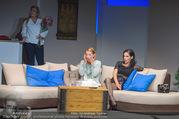 Bühnenfotos Honigmond - Stadttheater Berndorf - Mo 05.09.2016 - Kristina SPRENGER, Susanna HIRSCHLER, Adriana ZARTL26