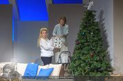 Bühnenfotos Honigmond - Stadttheater Berndorf - Mo 05.09.2016 - Kristina SPRENGER, Susanna HIRSCHLER28