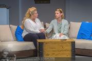 Bühnenfotos Honigmond - Stadttheater Berndorf - Mo 05.09.2016 - Kristina SPRENGER, Susanna HIRSCHLER31