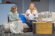 Bühnenfotos Honigmond - Stadttheater Berndorf - Mo 05.09.2016 - Kristina SPRENGER, Susanna HIRSCHLER33