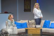 Bühnenfotos Honigmond - Stadttheater Berndorf - Mo 05.09.2016 - Kristina SPRENGER, Susanna HIRSCHLER35