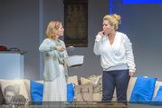 Bühnenfotos Honigmond - Stadttheater Berndorf - Mo 05.09.2016 - Kristina SPRENGER, Susanna HIRSCHLER36