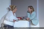 Bühnenfotos Honigmond - Stadttheater Berndorf - Mo 05.09.2016 - Kristina SPRENGER, Susanna HIRSCHLER38