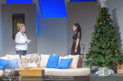 Bühnenfotos Honigmond - Stadttheater Berndorf - Mo 05.09.2016 - Adriana ZARTL, Susanna HIRSCHLER40