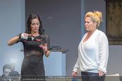 Bühnenfotos Honigmond - Stadttheater Berndorf - Mo 05.09.2016 - Adriana ZARTL, Susanna HIRSCHLER41