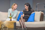 Bühnenfotos Honigmond - Stadttheater Berndorf - Mo 05.09.2016 - Kristina SPRENGER, Adriana ZARTL43