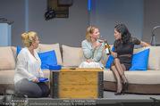 Bühnenfotos Honigmond - Stadttheater Berndorf - Mo 05.09.2016 - Kristina SPRENGER, Susanna HIRSCHLER, Adriana ZARTL44