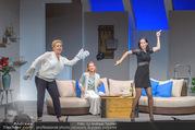 Bühnenfotos Honigmond - Stadttheater Berndorf - Mo 05.09.2016 - Kristina SPRENGER, Susanna HIRSCHLER, Adriana ZARTL49