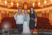 Bühnenfotos Honigmond - Stadttheater Berndorf - Mo 05.09.2016 - Kristina SPRENGER, Susanna HIRSCHLER, Adriana ZARTL5