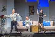 Bühnenfotos Honigmond - Stadttheater Berndorf - Mo 05.09.2016 - Kristina SPRENGER, Susanna HIRSCHLER, Adriana ZARTL50