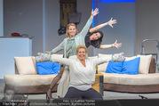 Bühnenfotos Honigmond - Stadttheater Berndorf - Mo 05.09.2016 - Kristina SPRENGER, Susanna HIRSCHLER, Adriana ZARTL54