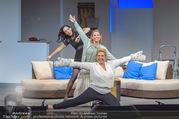 Bühnenfotos Honigmond - Stadttheater Berndorf - Mo 05.09.2016 - Kristina SPRENGER, Susanna HIRSCHLER, Adriana ZARTL55