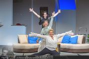 Bühnenfotos Honigmond - Stadttheater Berndorf - Mo 05.09.2016 - Kristina SPRENGER, Susanna HIRSCHLER, Adriana ZARTL57