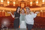 Bühnenfotos Honigmond - Stadttheater Berndorf - Mo 05.09.2016 - Kristina SPRENGER, Susanna HIRSCHLER, Adriana ZARTL6